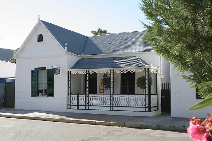 Graaff Reinet Guest House No6